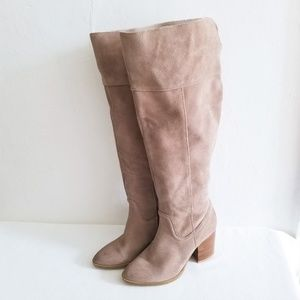 Steve Madden Tan Suede Over The Knee Boots Size 8.